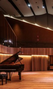 Photo of a piano at the Hanson Dyer Hall Stage in the Ian Potter Southbank Centre room for phone background